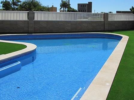 Coronación de piscina Llana en Piedra Artificial