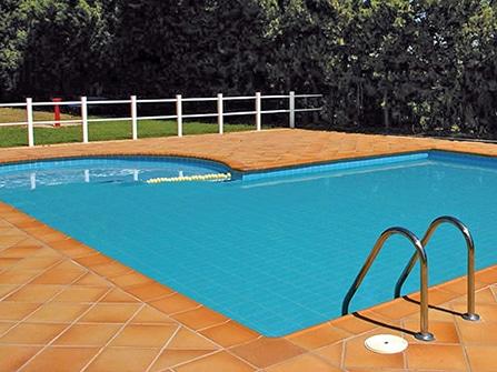 Remate de piscina en Gres Extrusionado
