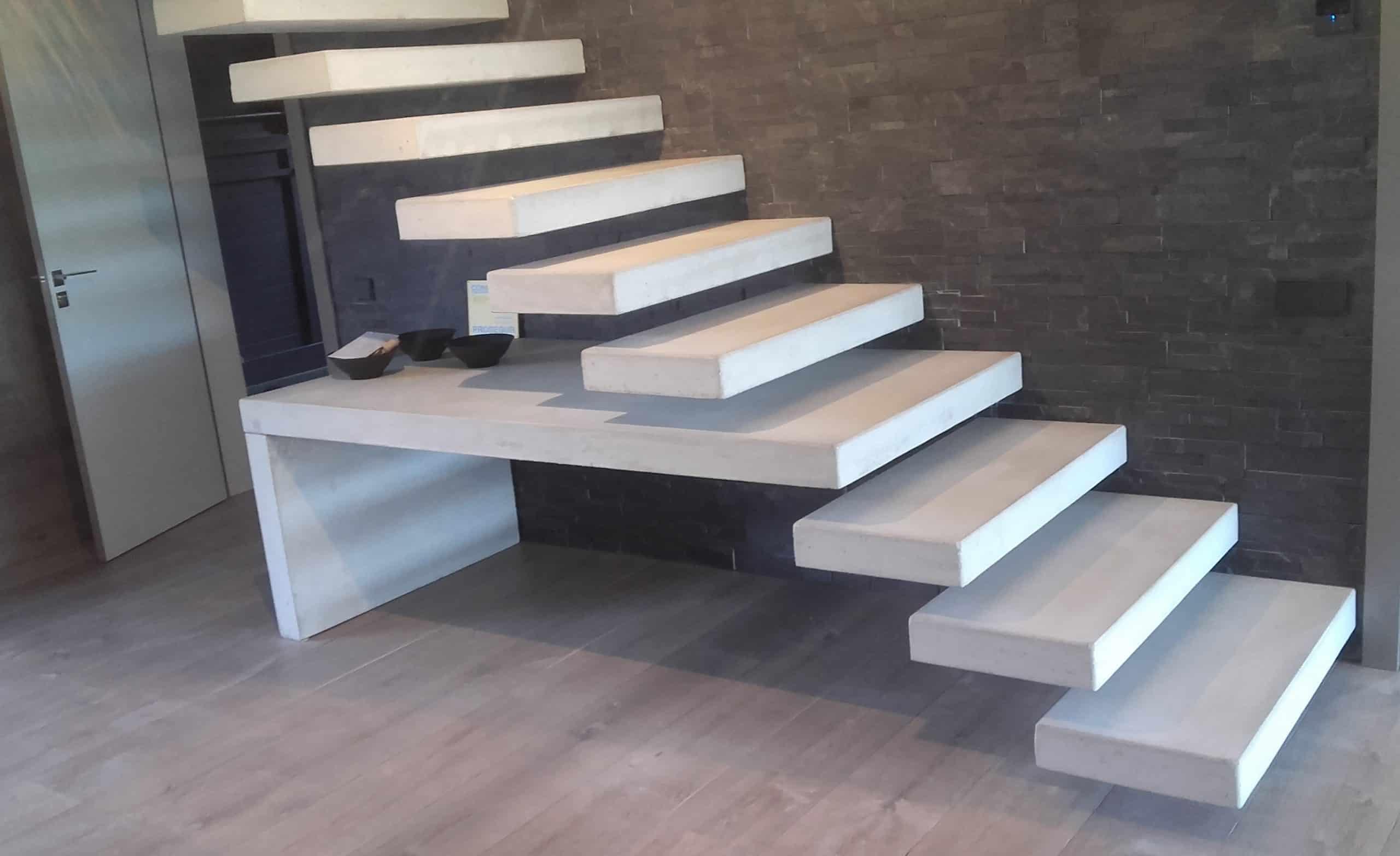 Escalera de hormig n empotrada predecat for Como hacer una escalera de cemento