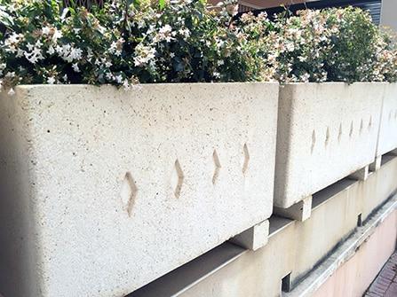 jardinera-piedra-artificial-a-medida-destacada