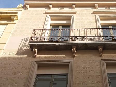 Recercado de puertas y ventanas para rehabilitación integral de fachada