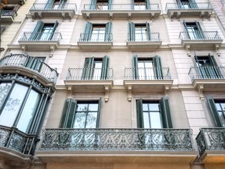 Rehabilitación de moldura para balcones