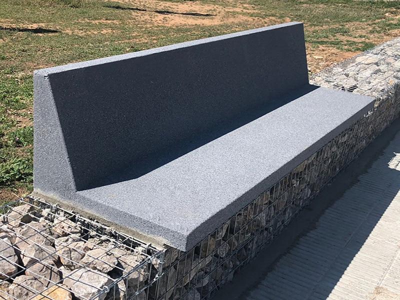 Banco de piedra artificial con respaldo
